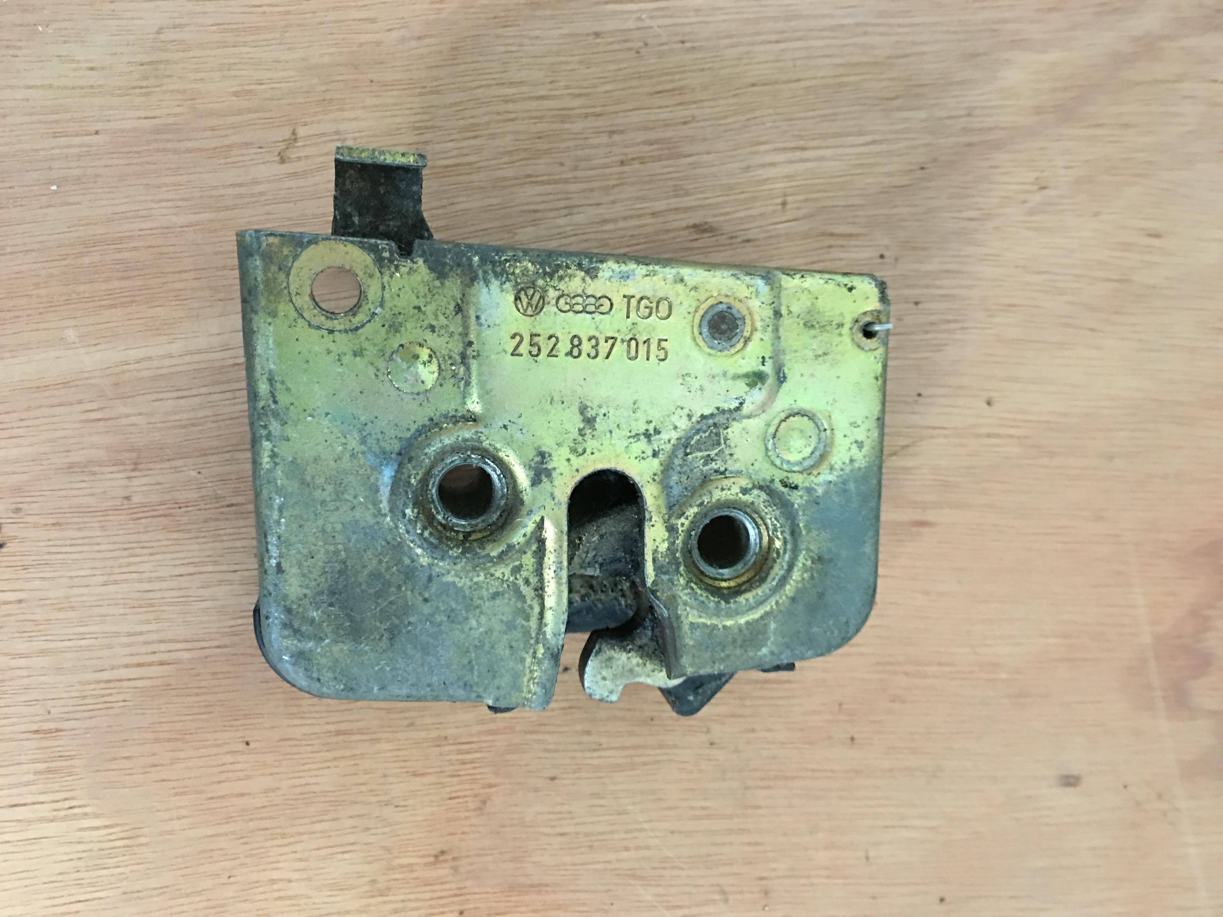 Vw T25 Doors & 251 843 704 VW T25 Sliding Door Handle (79-85)