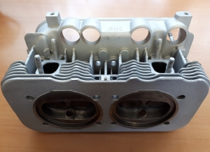 2L Cylinder Head 1
